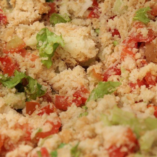 V Toskánsku si během léta rádi vychutnávají typický salát Panzanella.