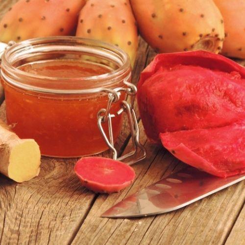 Slaďoučká marmeláda zfíků se hodí jak kovčímu sýru Pecorino, tak ido koláčů.