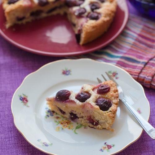 Když se spojí hrozny, bylinky apizza chléb, vznikne toskánská schiacciata con l´uva.